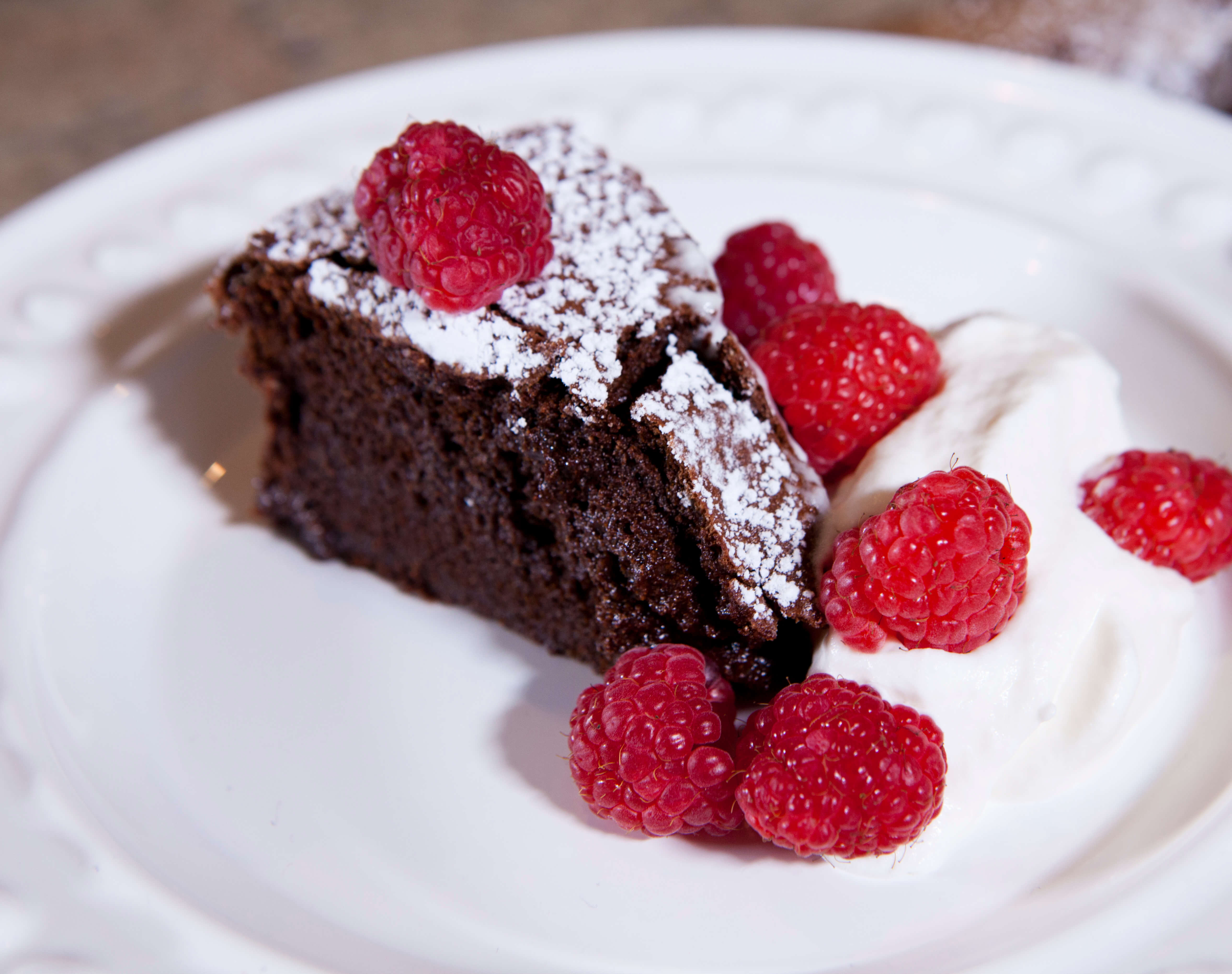 Valentine's Day Flourless Chocolate Cake