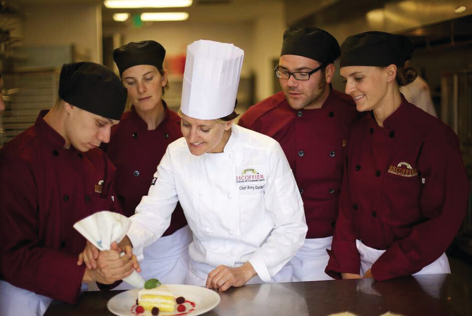 Online Classes Provides High School Students with a Head Start in Professional Culinary Education