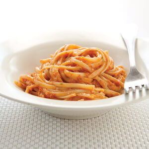 Pasta with Summer Tomato Pesto