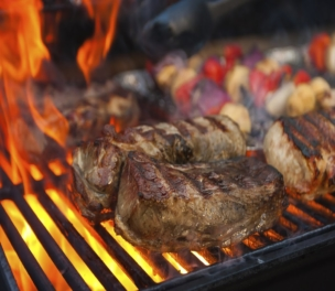 Food Safety is Sexy: Your Guide To The Cookout